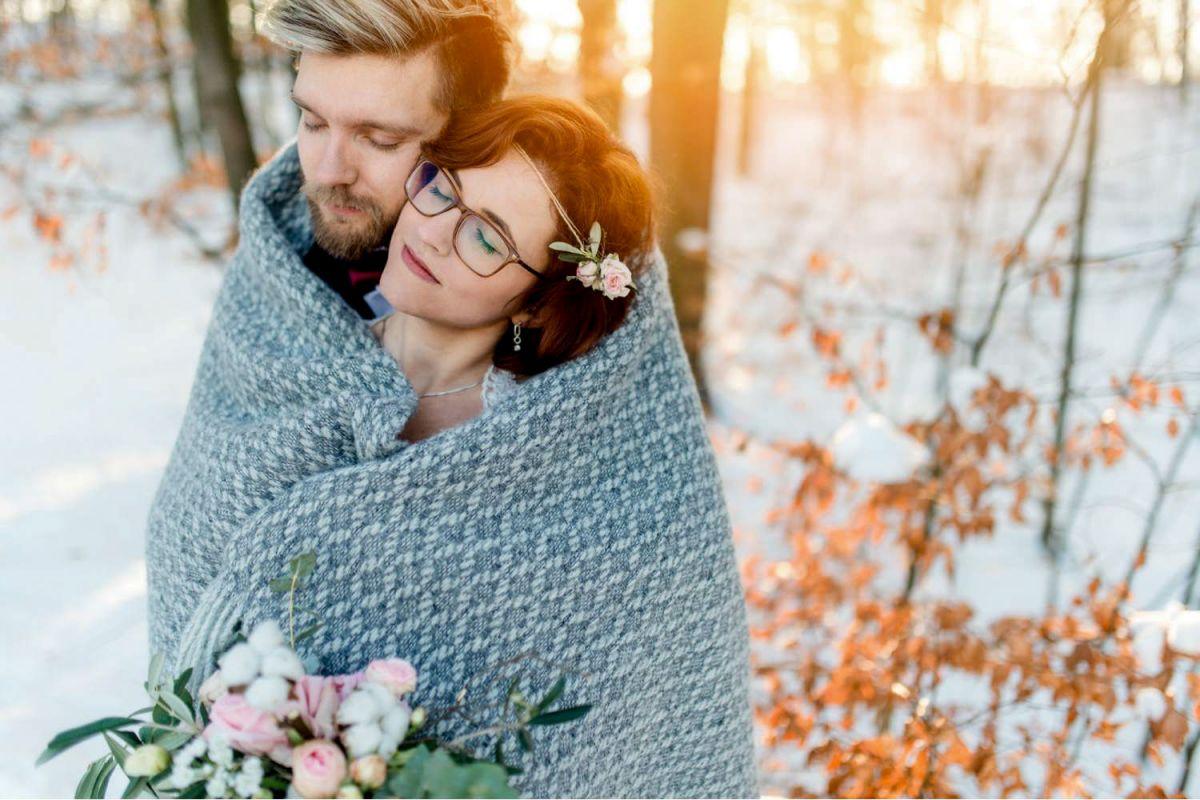 Winterhochzeit Brautpaar